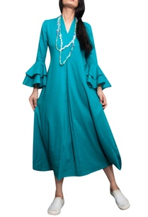 blue-frilly-sleeves-asymmetric-dress-with-necklace