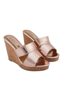 rose-pink-synthetic-cork-solid-strap-wedges