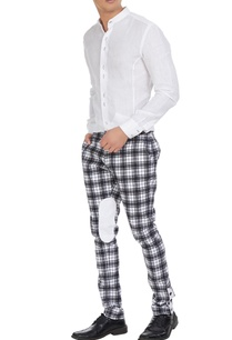 checks-pants-with-oval-knee-patch