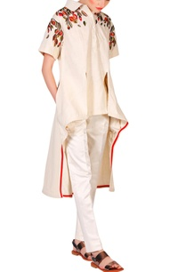 beige-cotton-silk-thread-zari-embroidered-high-low-kurta-with-churidar-pants