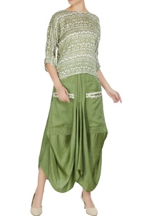 green-linen-silk-tribal-printed-boxy-blouse