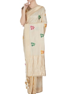ivory-handwoven-jacquard-saree-with-floral-motifs-tassels-unstitched-blouse