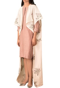ivory-scribble-motif-hand-embroidered-kimono-jacket