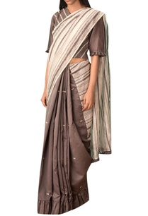 grey-chevron-embroidered-cotton-saree-blouse