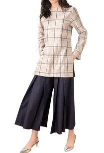 navy-blue-cotton-pleated-culottes