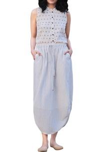 ivory-cotton-sleeveless-floral-handblock-printed-shirt