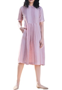 pink-linen-peter-pan-collar-pleated-midi-dress