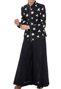 black-cotton-linen-tulip-print-jacket