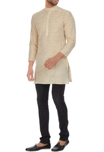 khadi-short-kurta-with-chinese-collar