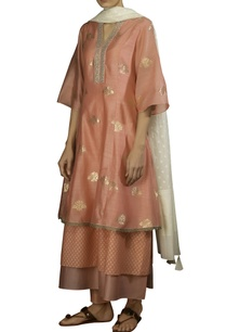 pink-zari-booti-layered-embroidered-anarkali-kurta-with-off-white-dobby-dupatta