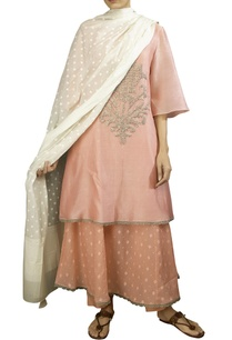 pink-soft-silk-tikki-butta-anarkali-kurta-with-off-white-dobby-dupatta