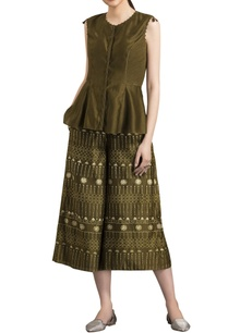 olive-green-warli-art-printed-cropped-pants