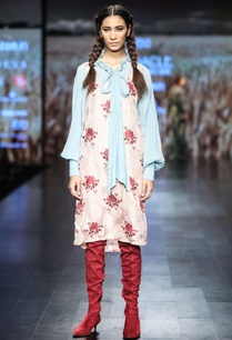 apple-blossom-printed-tunic-with-blue-collar-shirt