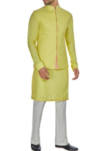 yellow-spun-silk-criss-cross-textured-bandi-jacket