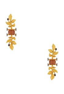 leaf-motif-long-earrings