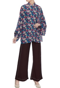 blue-floral-printed-cotton-viscose-batwing-sleeve-shirt
