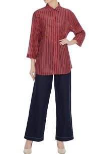 red-black-stripe-pattern-androgynous-collar-shirt