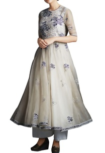 champagne-beige-organza-silk-anarkali-with-bandhani-applique-work