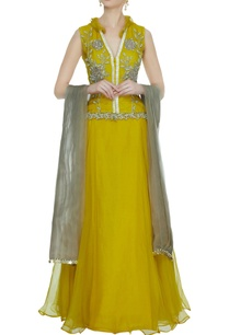 ochre-yellow-organza-lehenga-with-v-neck-embroidered-blouse-dupatta