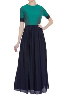 muga-silk-pleated-maxi-dress
