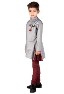 grey-cotton-stitched-detailed-kurta-with-maroon-cotton-silk-churidar