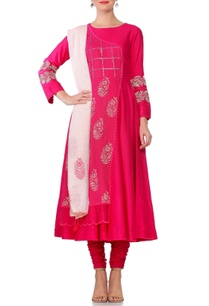 pink-embroidered-mirror-work-anarkali-kurta-with-churidar-tassel-dupatta