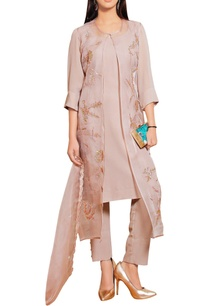 powder-rose-pink-georgette-kurta-with-buttoned-pants-embellished-gilet-dupatta