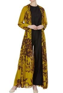 floral-printed-mulmul-front-open-cape
