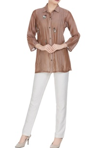 embroidered-motif-pleated-style-blouse