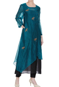 embroidered-tunic-with-side-button-placket