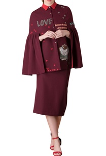 plum-frilly-sleeve-blouse-with-pencil-skirt