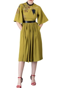 grass-green-umbrella-sleeve-dress-with-belt