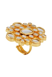 oversized-kundan-statement-ring