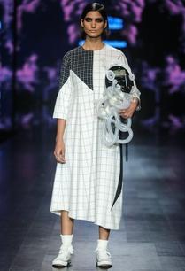 black-white-egyptian-cotton-chequered-asymmetric-midi-dress