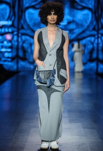 grey-light-grey-poly-cotton-solid-waist-coat-with-maxi-skirt