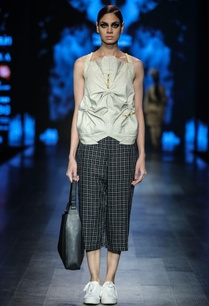 grey-poly-cotton-chequered-blouse-with-black-egyptian-cotton-chequered-crop-pants