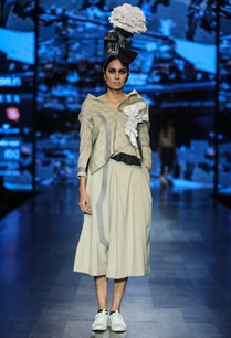 grey-poly-cotton-chequered-deconstructed-waist-coat-with-solid-flared-culottes