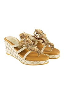 white-fabric-pu-sansa-brown-french-knotted-wedges