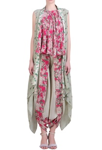 grey-crepe-cape-with-hot-pink-printed-embroidered-halter-neck-top-cowl-dhoti