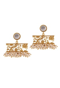 gold-brass-plated-earrings-with-mother-of-pearl-and-pearl-beads