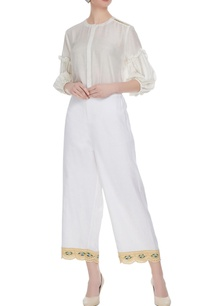 white-elastic-waistband-pants-with-evil-eye-embroidered-panel