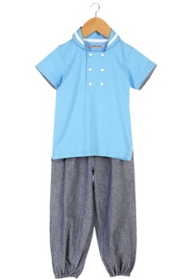 blue-sailor-collar-t-shirt-with-jogger-pants