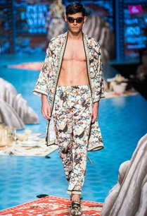 floral-printed-summer-robe