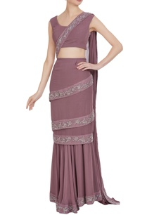 embroidered-lace-pre-stitched-sari-and-blouse