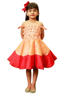 peach-red-cu-cut-frock-with-3d-flowers
