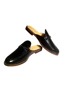 black-pure-leather-slip-on-mules