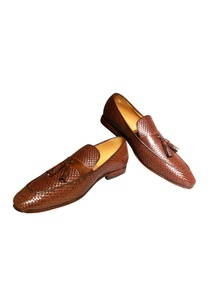 brown-pure-leather-tassel-detail-loafers