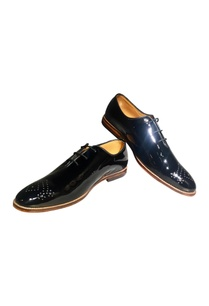 black-patent-leather-oxford-shoes