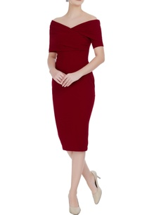maroon-micro-crepe-pencil-dress