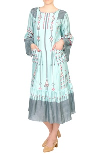 blue-cotton-printed-midi-dress-with-bell-sleeves